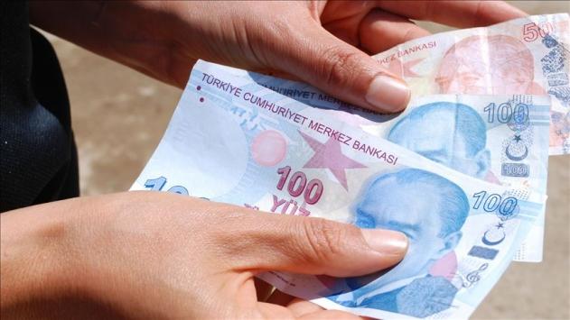 Hayvan pazarında sahte para kullandıkları iddiasıyla 2 zanlı tutuklandı