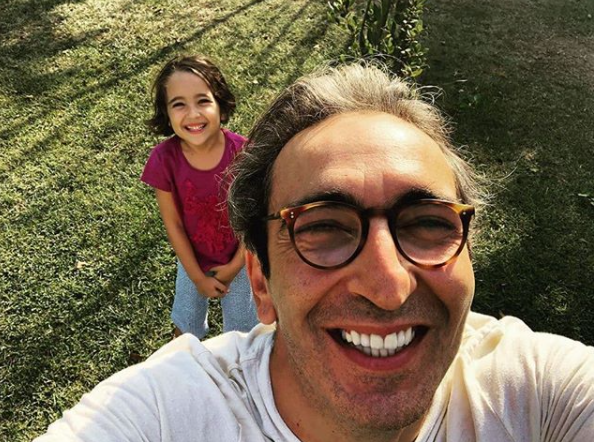 Fırat Tanış ve Kızı