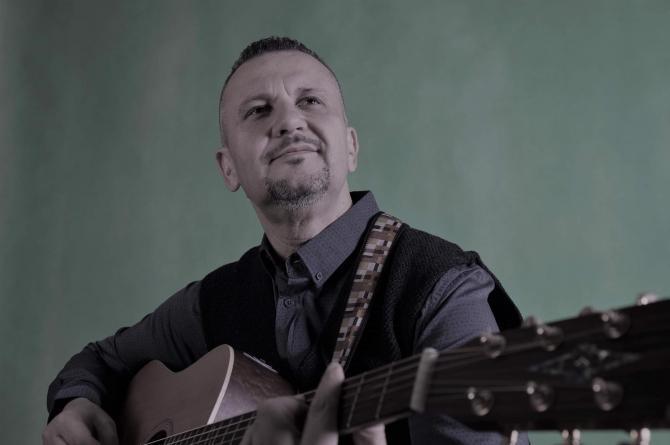 Avustralya'daki Türk müzisyen Mehmet Sözer'e ilgi büyük!