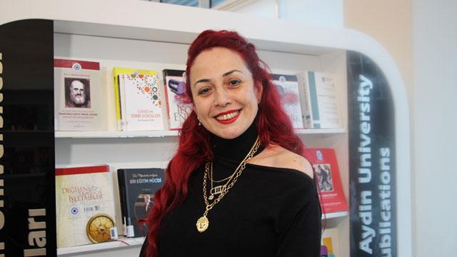 İstanbul'da vahşet cinayet! Öğretim görevlisi Aylin Sözer'i yakarak öldürdü!