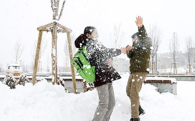 İstanbul cuma gününden itibaren 7 gün sürecek kar yağışı